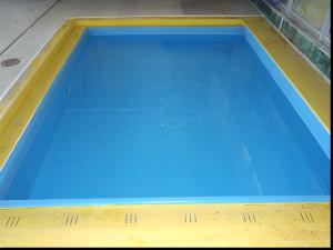 水深50CMのサブプール